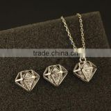 Diamond shapes lead and nickel safe alloy fashion jewelry sets