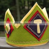 2017 new product hot sale wholesale China handmade custom party supply headband design tiara student felt dental prom king crown