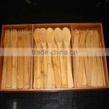 2017 Wholesale bamboo flatware set with cloth bag