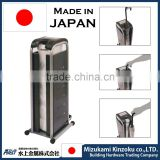 standard umbrella size bag packing machine made in Japan to keep floor not to be wet .