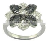 flower-shaped white and black zircon silver jewelry two-tone plating ring