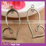 Wholesale Stock Charms Antique Bronze Pendant Heart Drop