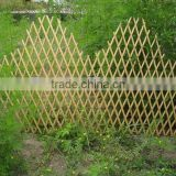 Natural Folding Garden Willow Expandable branch trellis