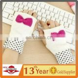 High quality fashion half finger gloves for girls