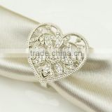 fashionable heart shape plastic pearls metal alloy napkin rings for wedding