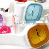 Newest style hottest fashion jelly watch custom silicone women watches with japan movement from youngs