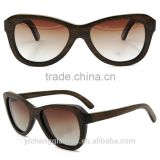 Fashion brown stained bamboo eyewear handcrafted carving sunglasses hot selling with cheap price