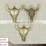 Compet wholesale metal jewelry zinc alloy skull cow pendant