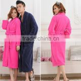 Flannel fleece robe 100% polyester plush bathrobe women/men sleepwear
