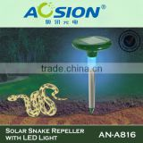 Solar Outdoor Sonic Pet Repeller with LED Light for Yard Snake Mole Mouse Rodent AN-A816
