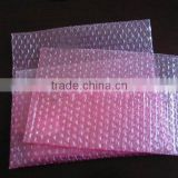 Transparent air bubble film bag with good cushioning effect