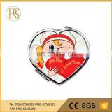 Heart-shaped mirror