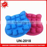 2014 New design 12 holes Vinnie bear shape ice cube tray 100% food grade silicone ice cube tray UN-2018