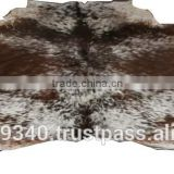 Exotic color brindle cow hide rugs, cowhide rugs mixed color, tri color hair-on cow rugs, cowhide hairon shaggy rugs, large rugs