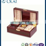 Elegant red perfume wood bottle box with PU leather                                                                         Quality Choice
