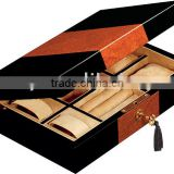 Elegant black lacquered wooden jewellery packaging box