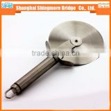 2017 Chinese kitchen tool supplier wholesale Stainless Steel pizza wheel cutter