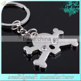 Promotional metal skull and crossbones keychain/crossbones keyring with skull/skull and crossbones keyholder