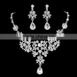 Silver Alloy Rhinestone Earrings Crystal Pendant Necklace Bridal Jewelry Set