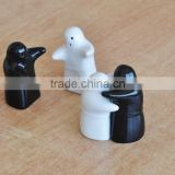 ceramic salt & pepper shaker set, salt and paper shaker, black and white salt and pepper shaker