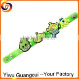 2015 cartoon kids button silicone bracelet