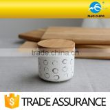 customized household porcelain candle jars with wooden lid