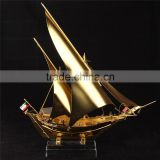Noble Customized Gold Or Silver Crystal Ship Model/Elegant Ship Souvenir Business Gifts