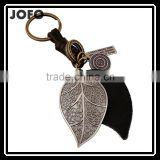 Fashion Cool Rock Leather Key Chain Keychains Big O-ring Metal Leaf Genuine Leather Keychains