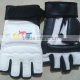 WTF Taekwondo Sparring Glove/ Hand Protector/ Fight Gloves