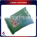 Chinese wholesale manufacture nonwoven fabric refreshing non alcohol wet wipes