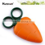 "New design 4"" plastic handle carota scissors carrot scissors"