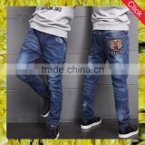 Wholesale new style jeans kids boys fashion stylish rip embroidery jeans pants for boys denim jeans 2017