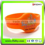 Manufacturer of Customized chips waterproof silicone rfid wristbands