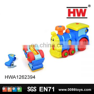 Mini plastic cartoon feature disassembled toy train