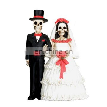 Resin Skull Couple Performs Display Statue