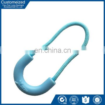 2016 newest design personalized plastic zipper puller