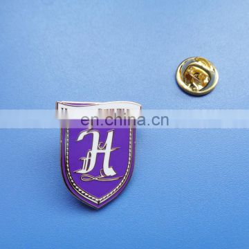 Custom shield shape 3D soft enamel metal badge pin with custom company logo