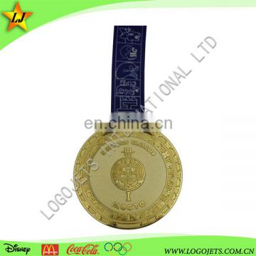 Hot sell custom desig paint gold plated 50th wedding