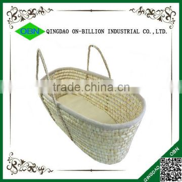 Maize woven baby sleeping basket baby carry basket with braided handle