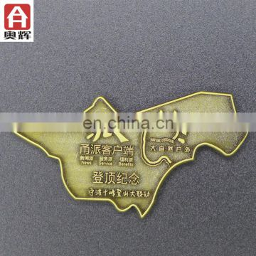 High quality free sample plastic badge