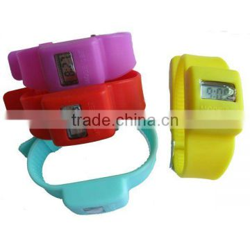 Popular snap Silicone watch