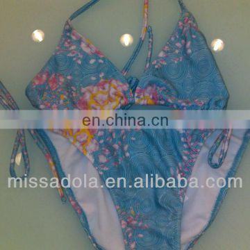 Missadola latest hot sell Ladies printed swim suit two pieces bikini strape bra and panty swimwear