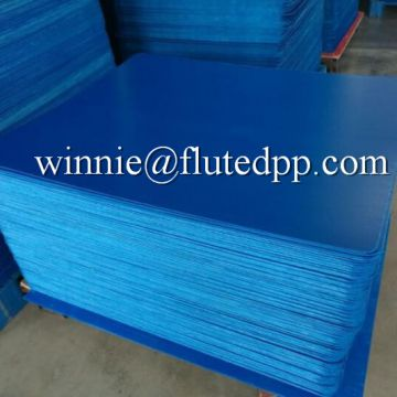 Twin wall plastic layer pads