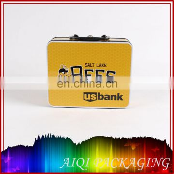 Guangdong manufactured metal tin box with handle hot selling lunch tin box with SGS,Interk certified