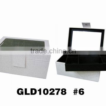 Chinese manufacturing wholesale white craft jewelry box with PVC window/magnetic snap/partition