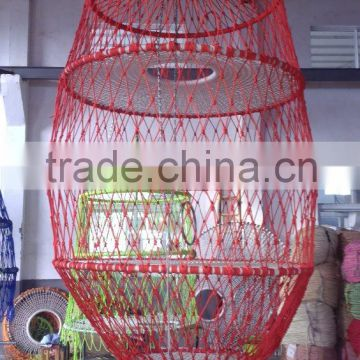children Expand the hoisting net cage