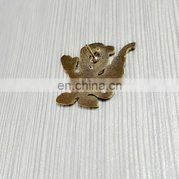 2017 cute customized clothes decoration metal badge wholsale