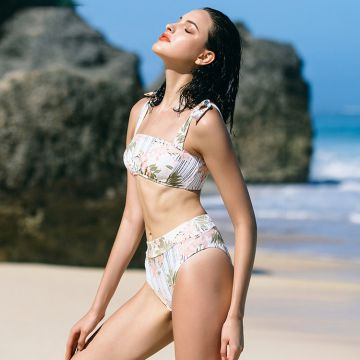 Two pieces sexy girl flower print breathable high waist bikinis woman swimwear 2020