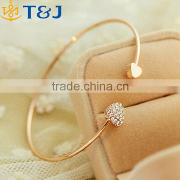 >>>2015 Fashion Chic Lovely Gold Plated Rhinestone Heart Shape Cuff Bracelet Bangle Lady Girl Party Prom Gift/