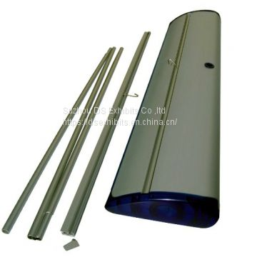 Roll up banner stand Model 18